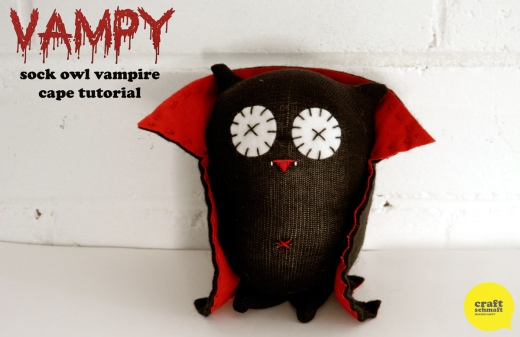 Vampire Sock Owl - cape tutorial