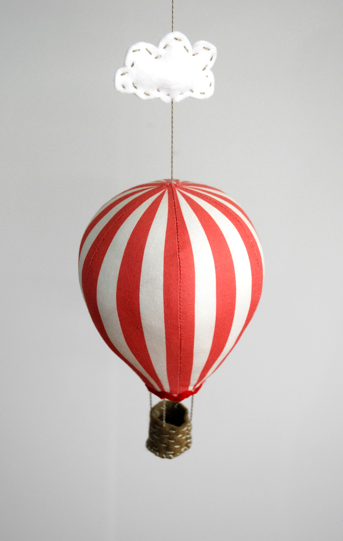 redstripe_balloon_top