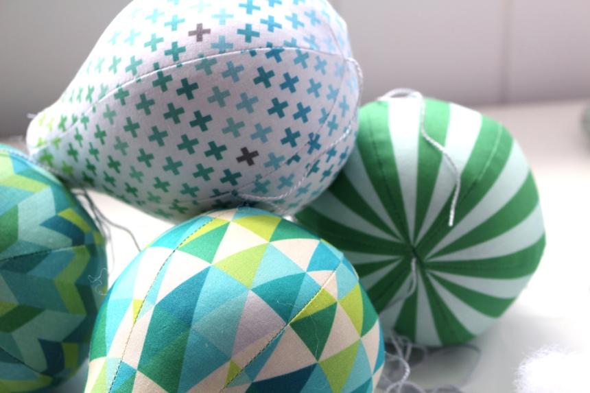 emerald_balloon_tops