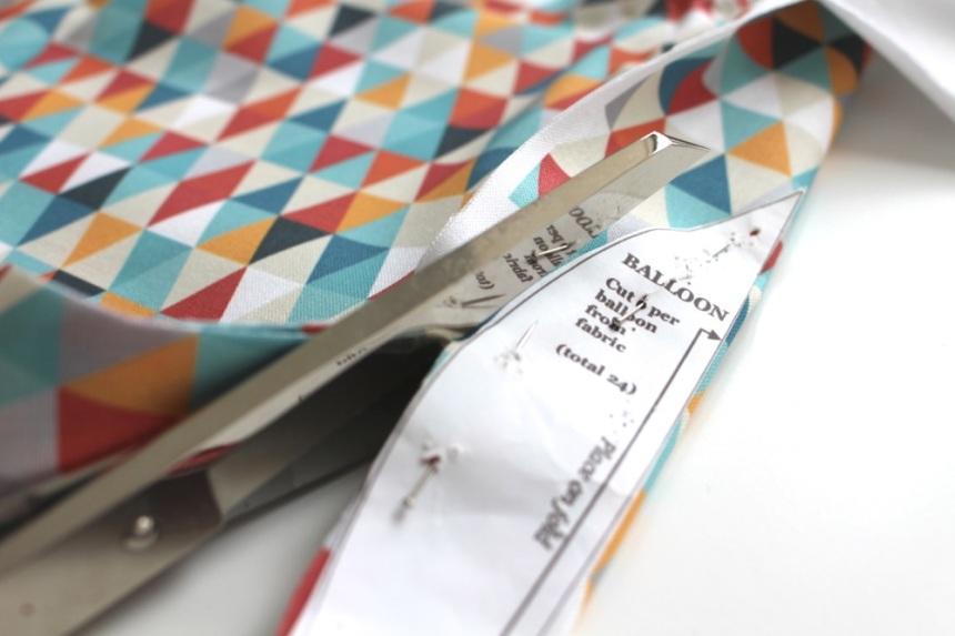 triangle_fabric_cut